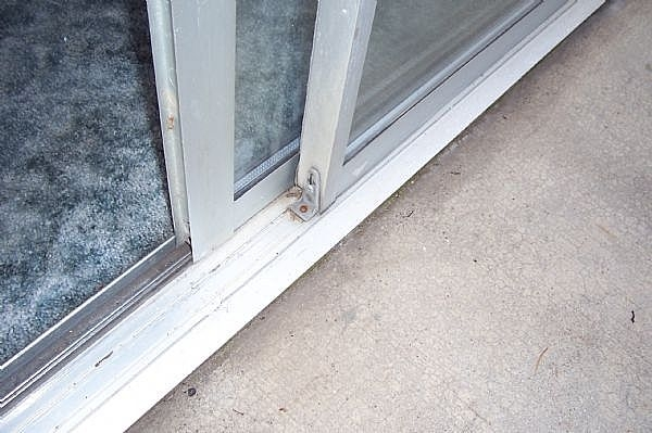 Glass Sliding Door Repairs & Window Repairs on the Central Coast